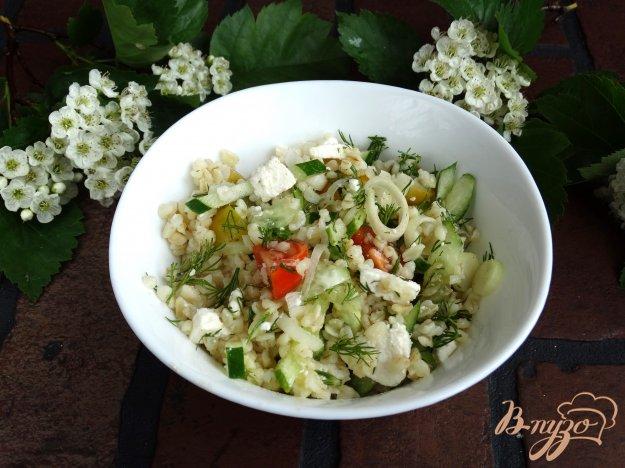 фото рецепта: Салат с булгуром овощами и брынзой