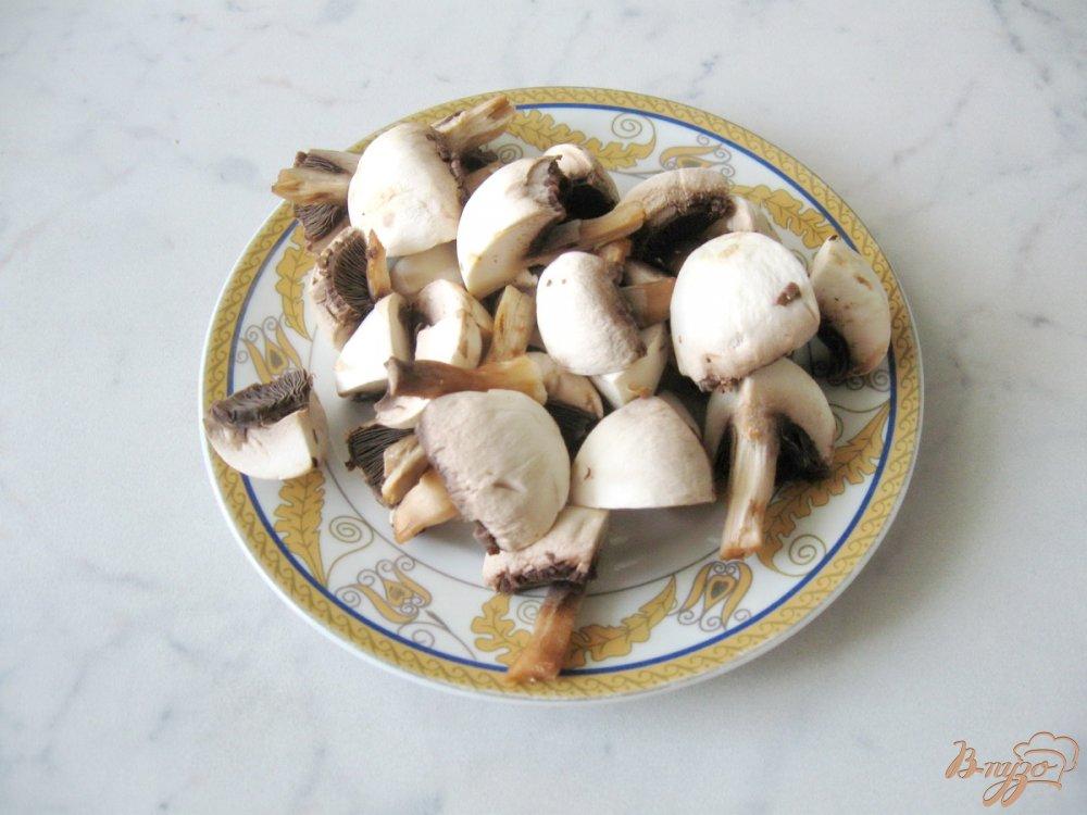 Рецепт Тёплый салат с грибами и помидорами