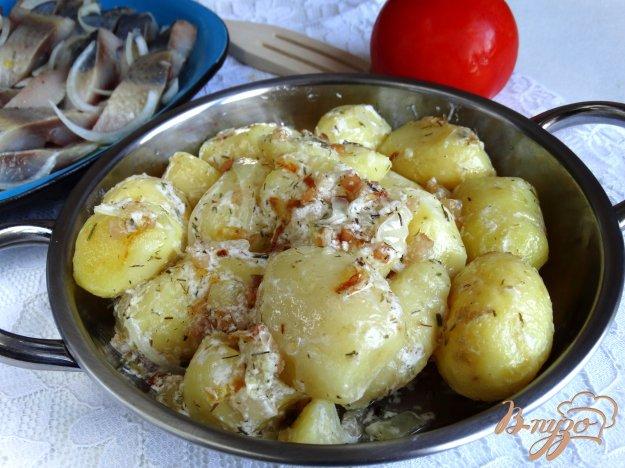 фото рецепта: Молодой картофель по-украински с салом