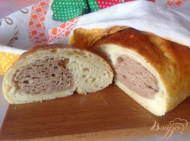 фото рецепта: Двухцветный хлеб на кефире