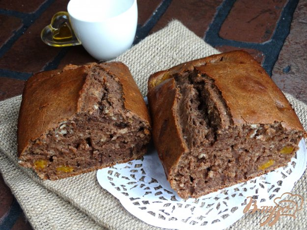 фото рецепта: Шоколадный кекс с абрикосами