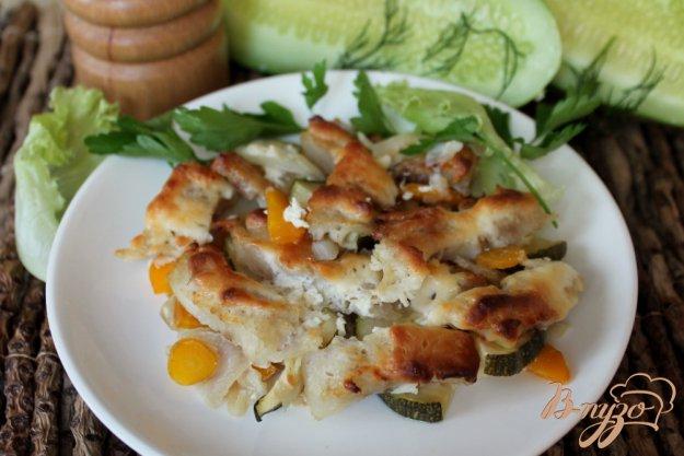 фото рецепта: Хек с овощами запеченный в сметане