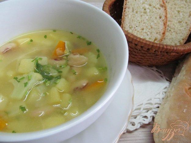 фото рецепта: Суп с фасолью и цветной капустой