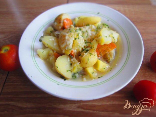 фото рецепта: Молодой картофель в мультиварке  в сырно-сливочном соусе