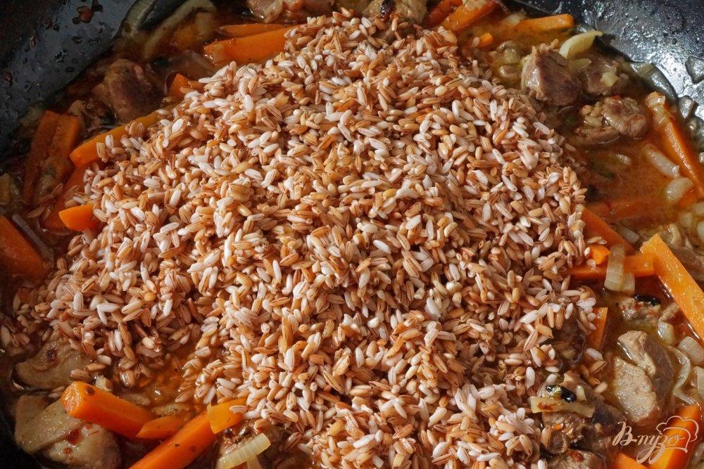 Как приготовить плов из бурого риса