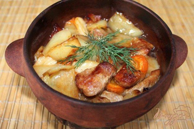фото рецепта: Свинина с перцем в горшочке