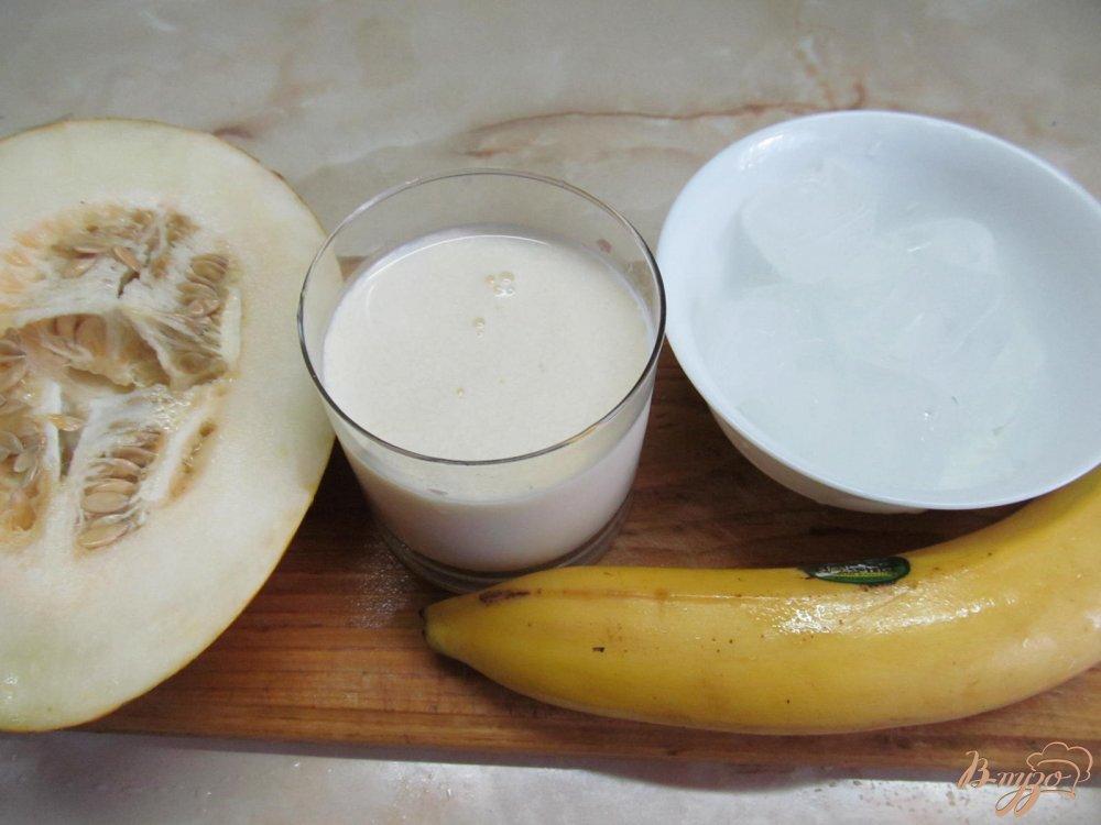Рецепт Смузи из банана и дыни на молоке
