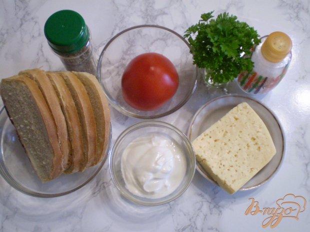 Рецепт Горячий завтрак с сыром и помидорами