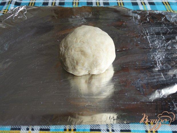 Рецепт Пицца с сосисками маслинами и солеными огурцами