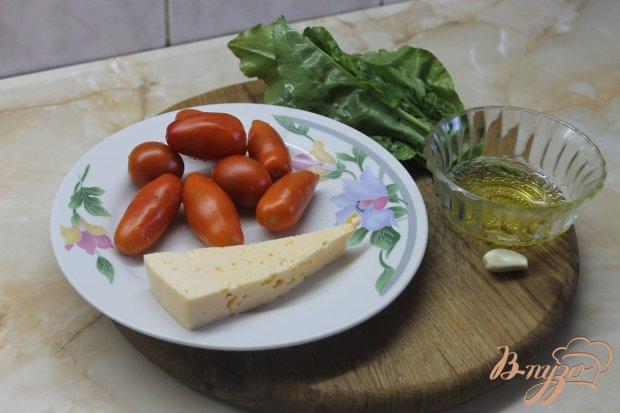 Рецепт Салат с помидорами и щавелем под сыром