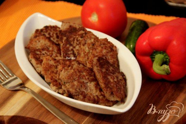 фото рецепта: Быстрые оладушки с  фаршем птицы
