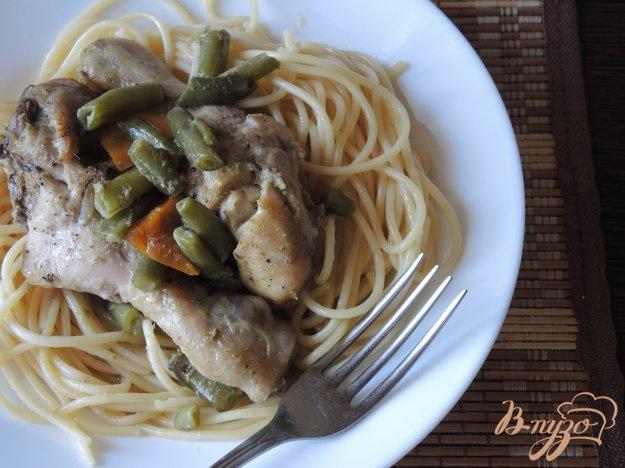 фото рецепта: Курица с овощами и пастой карри