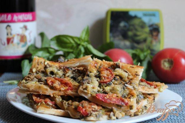 фото рецепта: Овощная пицца с грибами и сыром