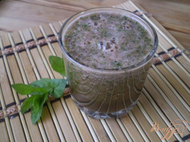 фото рецепта: Зеленый смузи с арбузом и мятой