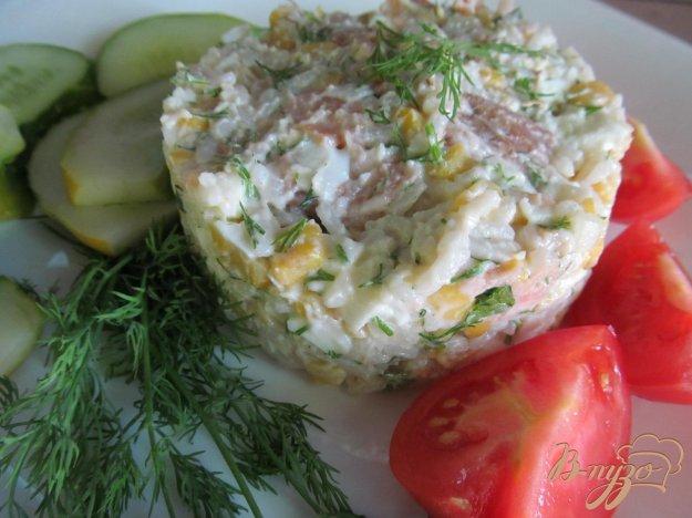 фото рецепта: Салат из копченной горбуши