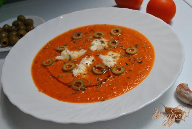 фото рецепта: Томатный суп с моцареллой
