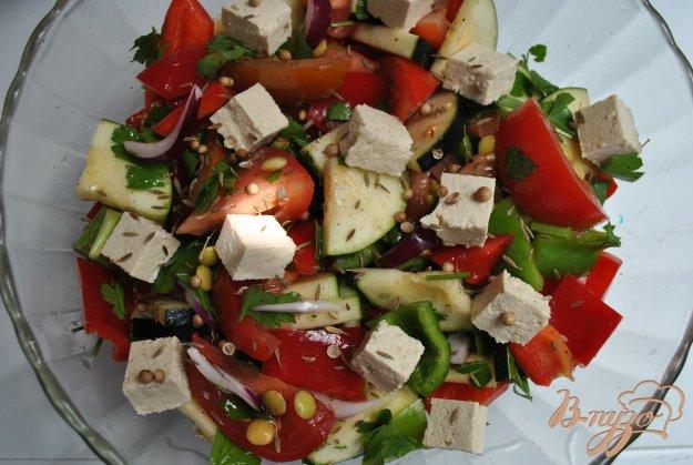 фото рецепта: Салат с тофу
