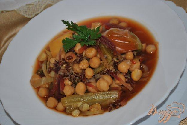 фото рецепта: Суп со свеклой и нутом