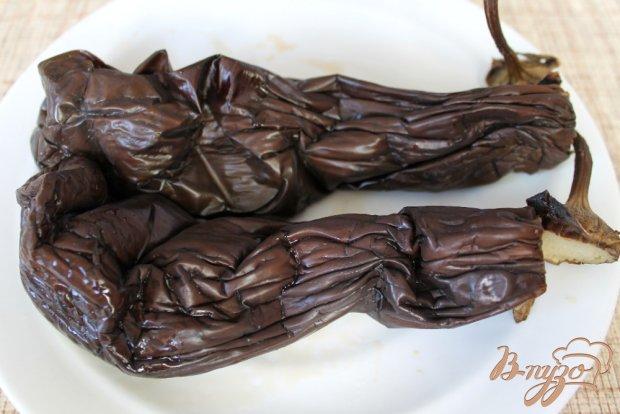 Рецепт Салат из печеного баклажана с брынзой и помидором