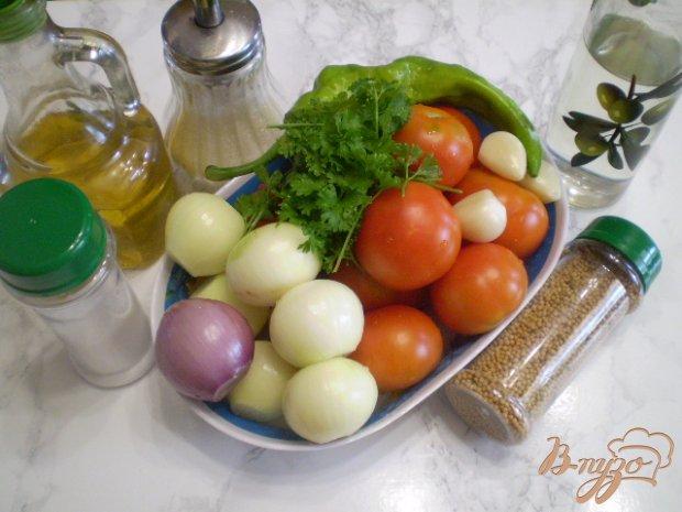 Рецепт Салат из помидоров с луком и чесноком