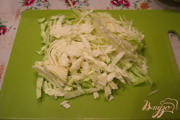 Рецепт Домашний дрожжевой пирог с начинкой из капусты и курицы