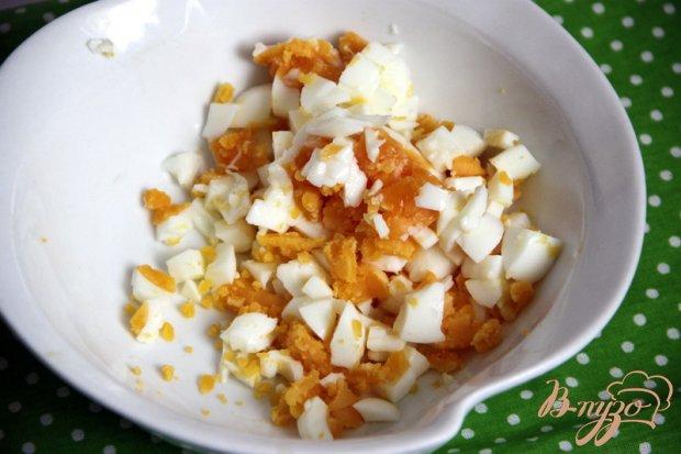Рецепт Салат из яиц, зеленого лука и болгарского перца