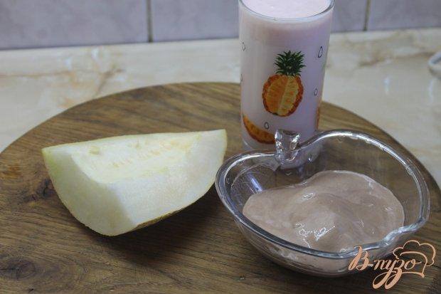 Рецепт Молочный коктейль с дыней и шоколадным мороженым