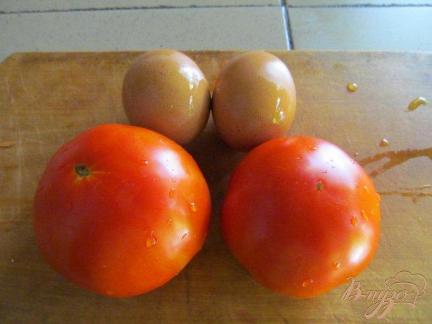 Рецепт Закуска из помидора с яйцом