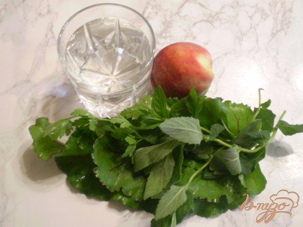Рецепт Коктейль с персиком, мятой и мелиссой