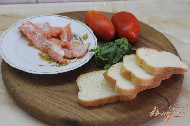 Рецепт Брускетта с помидорами и красной рыбой