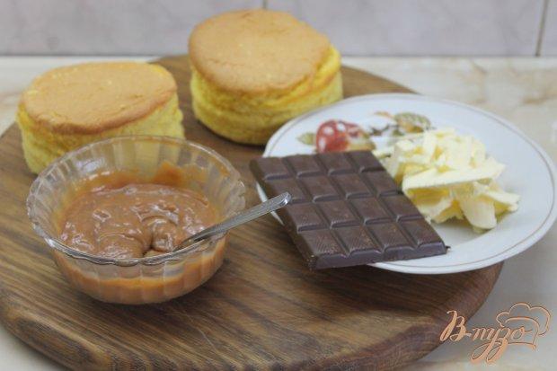 Рецепт Бисквитные мини тортики с масляным кремом в шоколадной глазури