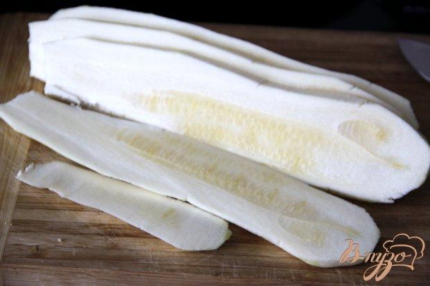 Рецепт Рулетики из кабачков с ореховой начинкой