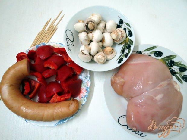 Рецепт Шашлык из куриного филе, грибов и колбасы