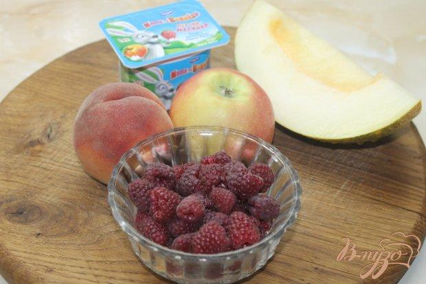 Рецепт Фруктовый салат с йогуртом