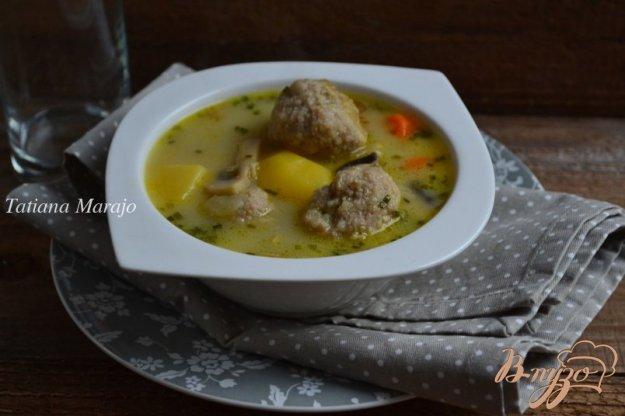 фото рецепта: Сливочный суп с фрикадельками