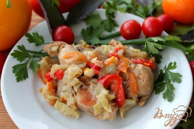 фото рецепта: Кролик с овощами, яблоком и чесноком