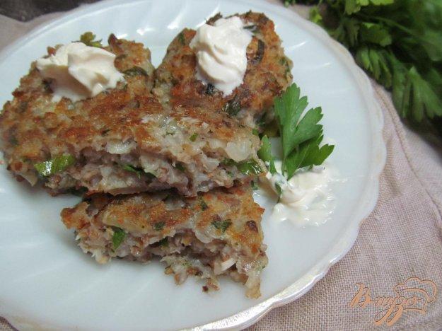 фото рецепта: Котлеты из курицы гречки и шампиньонов