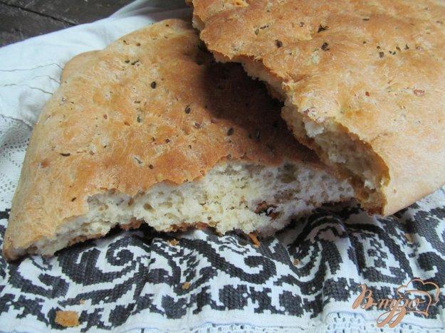 фото рецепта: Домашний хлеб с варенным рисом и тимьяном