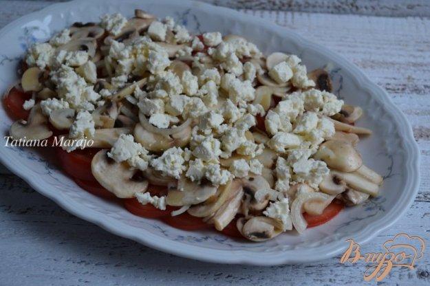 фото рецепта: Салат с помидорами и шампиньонами