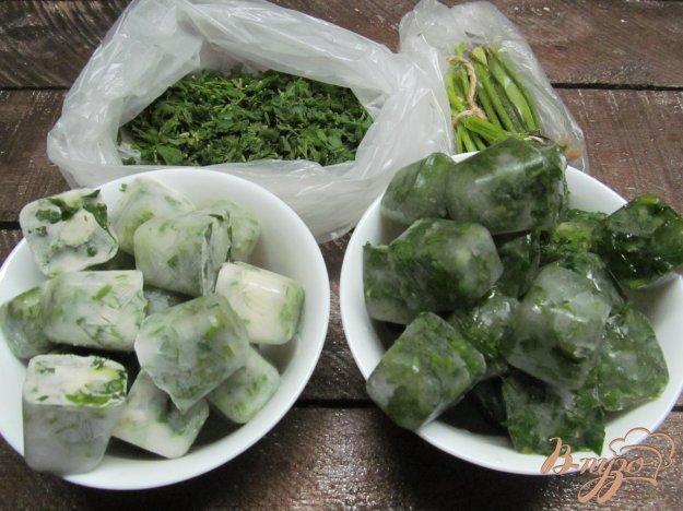 фото рецепта: Как заморозить зелень на зиму