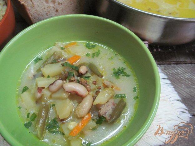 фото рецепта: Суп с бобовыми