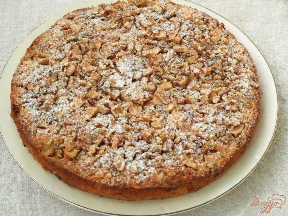 Тыквенно-яблочный пирог с грецкими орехами