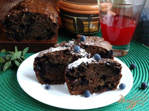 фото рецепта: Кекс с голубикой и какао