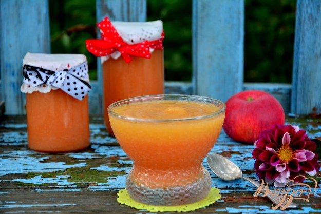 фото рецепта: Нежное яблочное пюре из мультискороварки