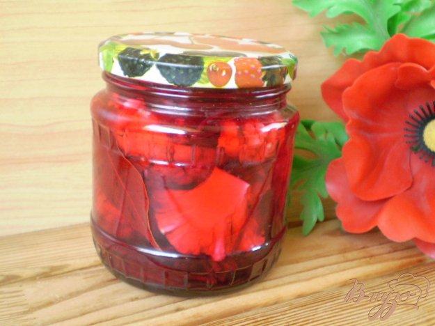 фото рецепта: Закатка цветной капусты со свеклой