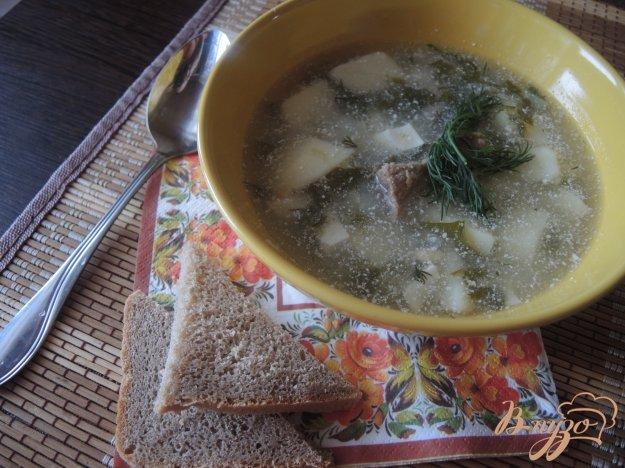 фото рецепта: Зелёный суп с щавелем, яйцом и мясом