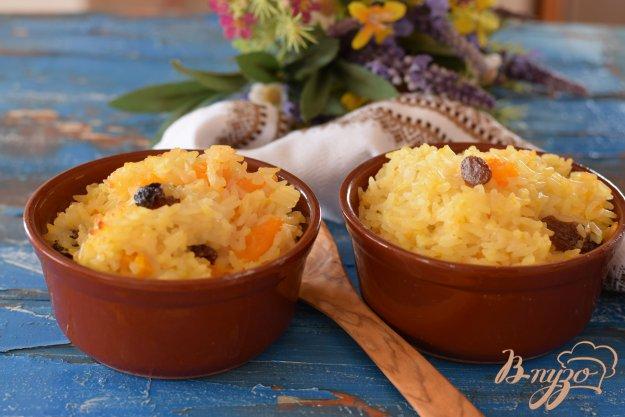 фото рецепта: Рисовая каша с тыквой и изюмом
