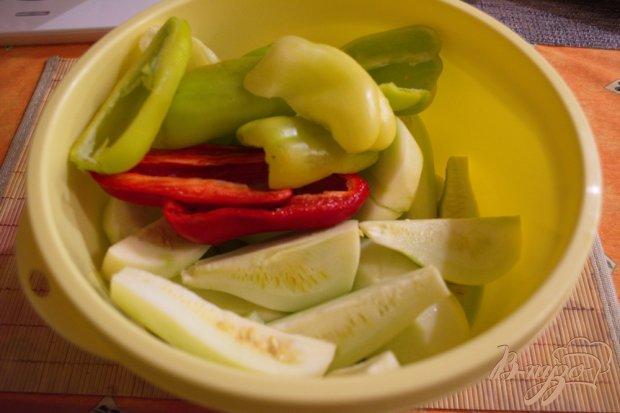 Рецепт Аджика острая с кабачком, яблоком и помидором