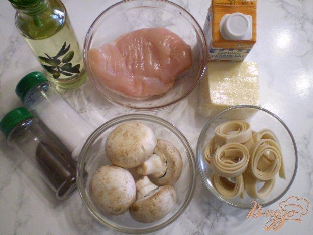 Рецепт Домашняя лапша с курицей, грибами и сыром