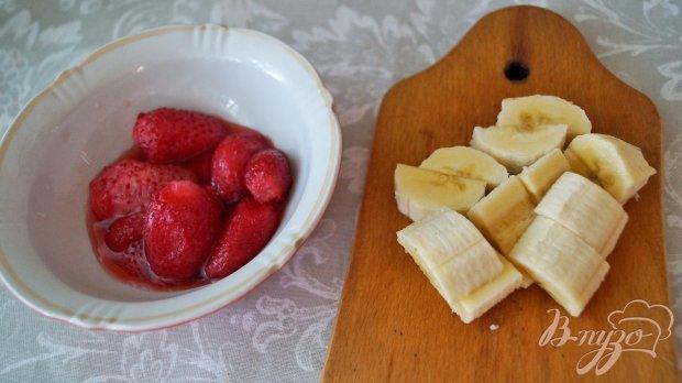 Рецепт Бананово-клубничный милк-шейк